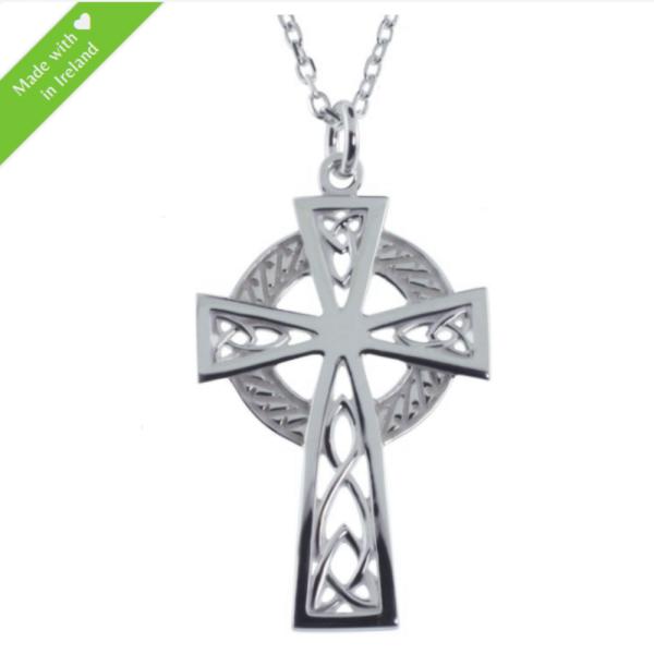 Filigranes keltisches Kreuz Trinity Knot